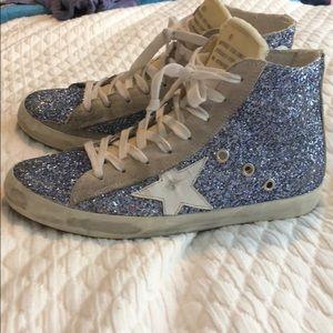 Golden Goose glitter tennis shoes. Francy style✨✨✨